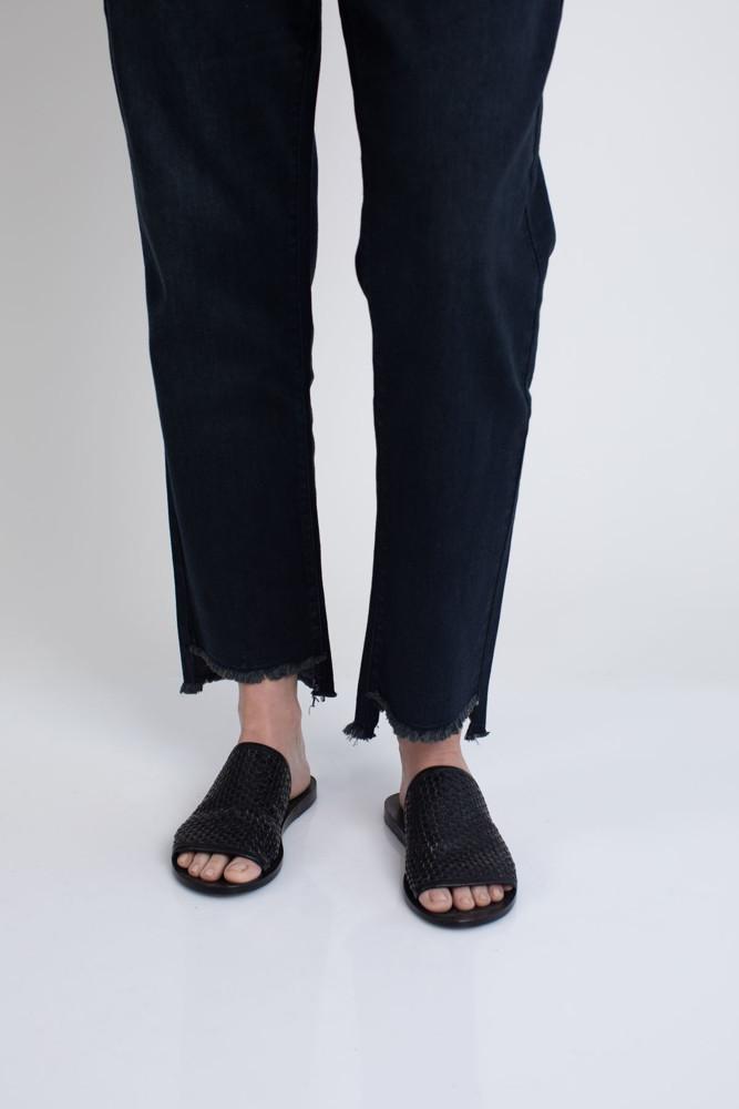 תמונה של ג'ינס PAIGE כחול כהה