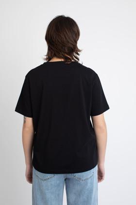 תמונה של חולצת טי-שרט NORMAL PEOPLE SCARE ME