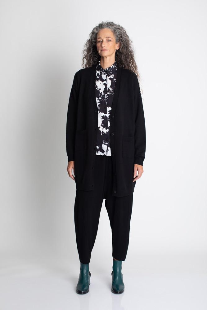 תמונה של חולצת  LATIA שחור לבן