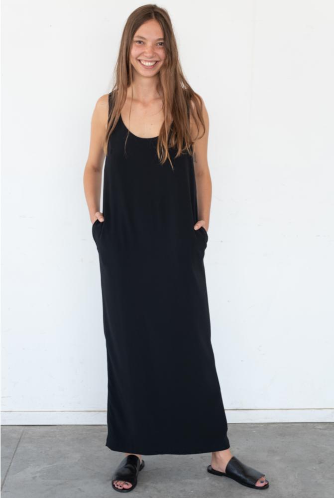 תמונה של שמלת דונה